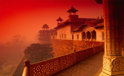 golden triangle tour agra by car