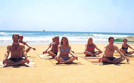 yoga retreats and golden triangle tour in India