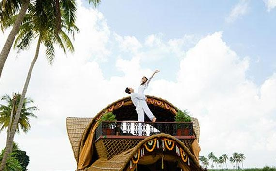honeymoon holiday in kerala