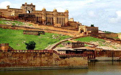 golden triangle tour jaipur by car