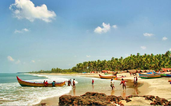 kovalam tour for family