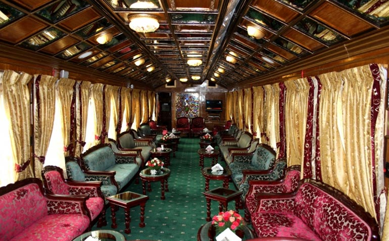 palace on wheels train tour package india